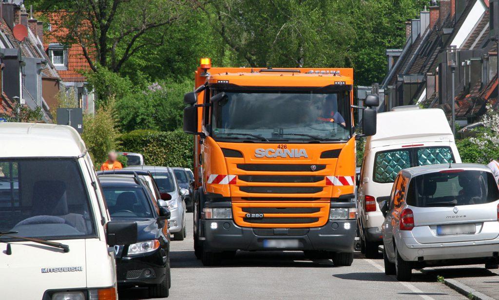 Müllabfuhr in der Bad-Kissingen-Straße. Foto: IG Maikäfersiedlung