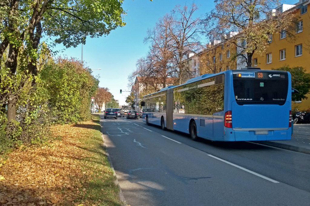 Bus Ampfingstraße